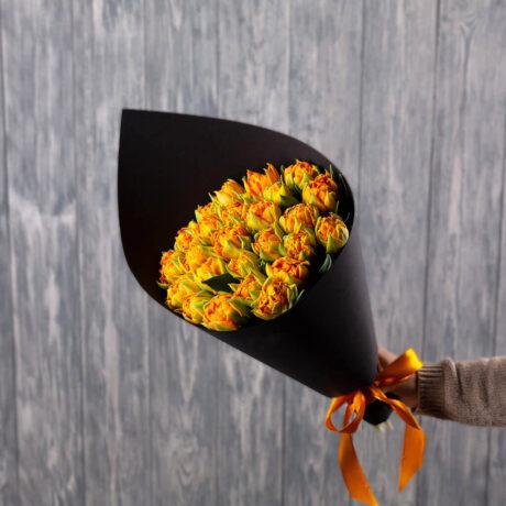 Букет из 25 оранжевых тюльпанов