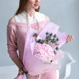Букет из 1 розовой гортензии