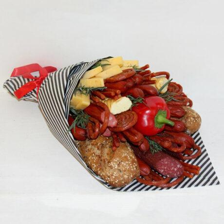 Мужской букет из колбасы с зеленью