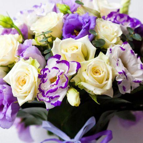 Букет невесты из желтых роз и эустомы (вблизи)