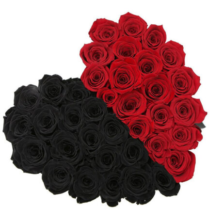 Половина сердца из красных и черных роз (сверху)