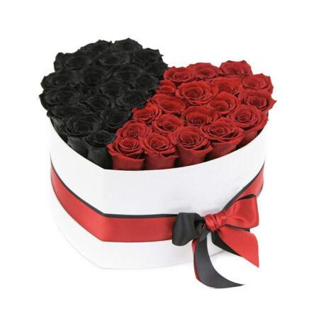Половина сердца из красных и черных роз
