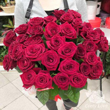 Букет из 35 красных розы