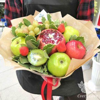 Букет из граната и яблок